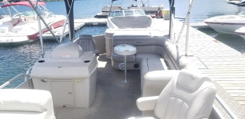 Pontoon Boat Rentals in Sandpoint on Lake Pend Orielle, Bayview