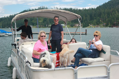 A Day On The Lake Boat Rental
